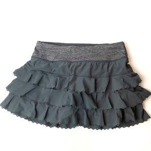 Lululemon Weightless Run Skirt with Ruffles size 2